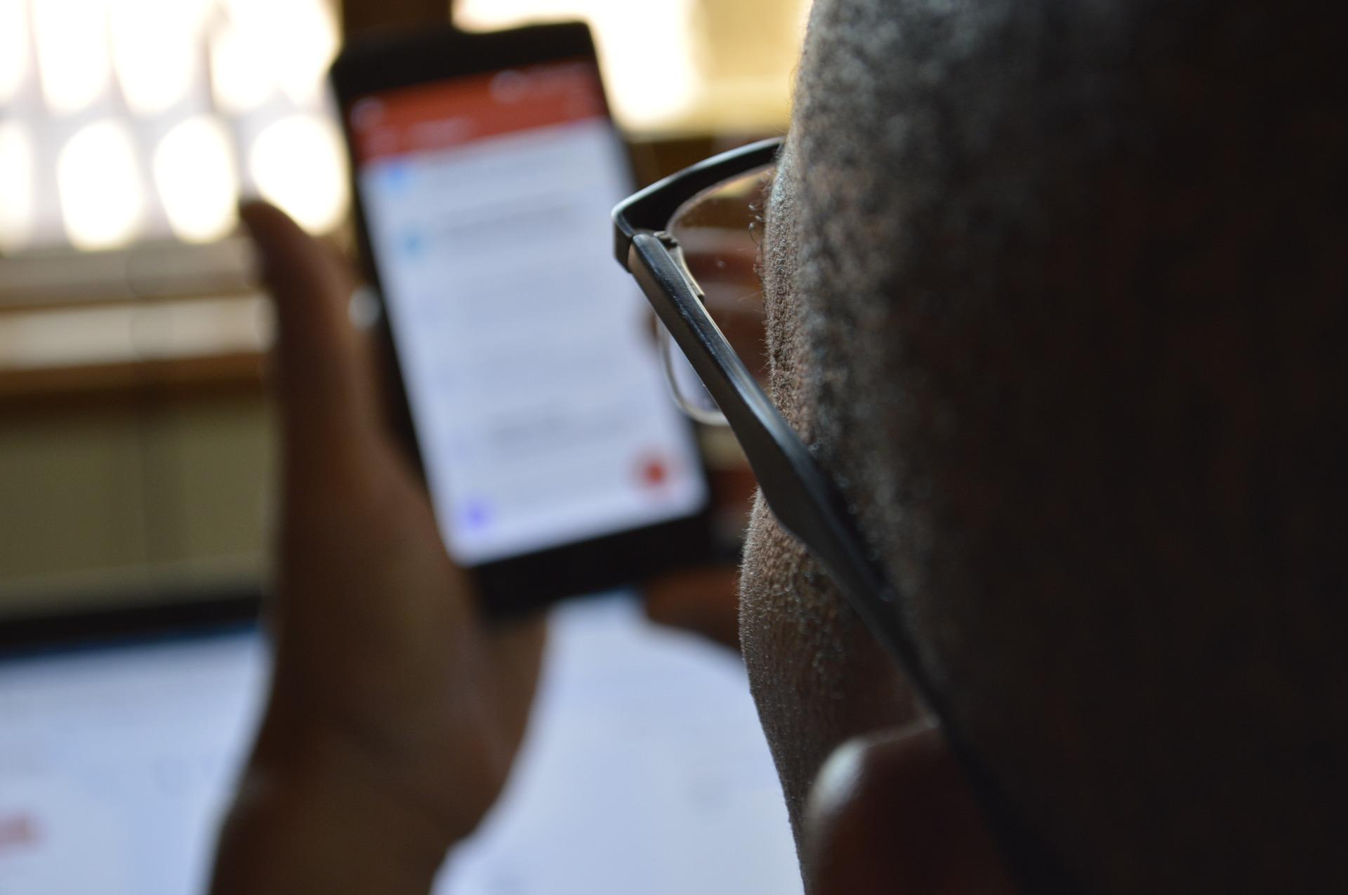 Mobilny dowód osobisty – nowy pomysł Ministerstwa Cyfryzacji