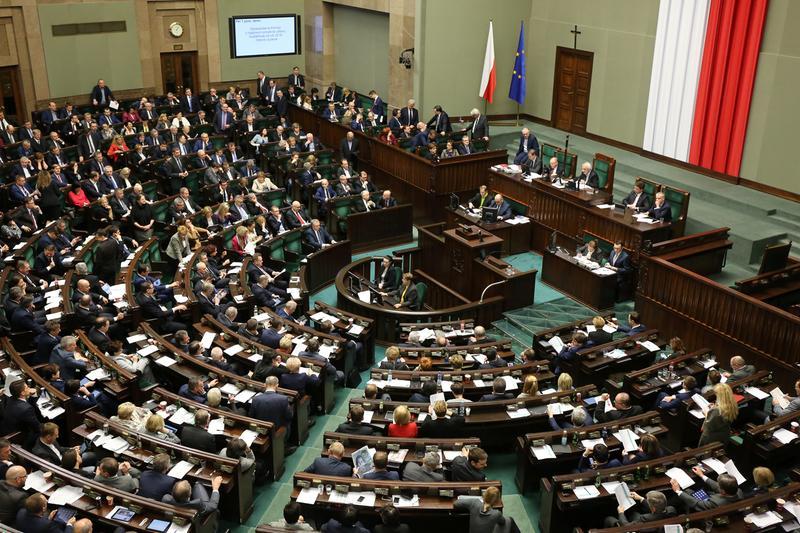 PO, Kukiz'15 i Nowoczesna za odrzuceniem projektu obniżenia uposażenia posłom