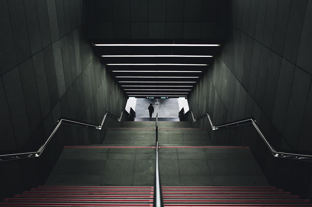 Przetargi prowadzone przez Metro Warszawskie pod kontrolą CBA